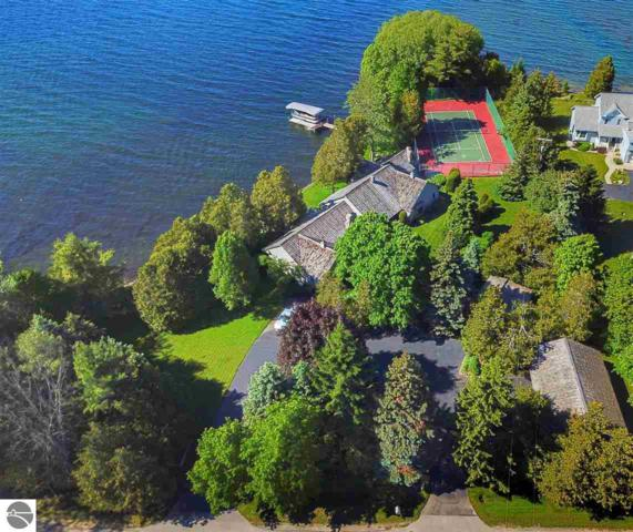 403 S Shore Drive, Suttons Bay, MI 49682 (MLS #1864124) :: Team Dakoske | RE/MAX Bayshore