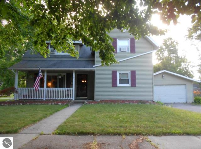 107 Cedar Avenue, Alma, MI 48801 (MLS #1864909) :: Boerma Realty, LLC