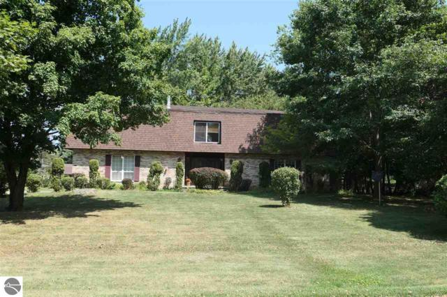 1240 Woodmere, Alma, MI 48801 (MLS #1865350) :: Boerma Realty, LLC