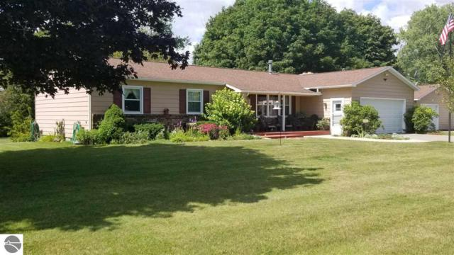 401 W Mill Street, Oscoda, MI 48750 (MLS #1865813) :: Team Dakoske | RE/MAX Bayshore