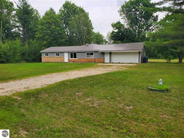 3748 Fitzwater Road, Gladwin, MI 48624 (MLS #1865885) :: Team Dakoske | RE/MAX Bayshore