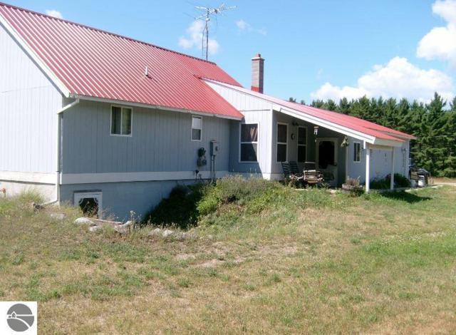 824 NE Wood Road, Kalkaska, MI 49646 (MLS #1866002) :: Team Dakoske | RE/MAX Bayshore