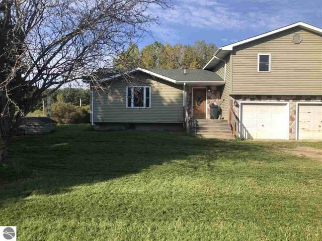2224 S Shepherd Road, Mt Pleasant, MI 48858 (MLS #1868428) :: Boerma Realty, LLC