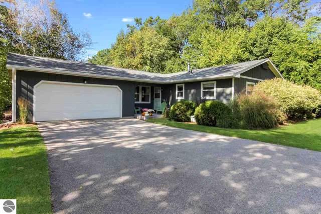 741 Highland Park Drive, Traverse City, MI 49686 (MLS #1868484) :: Team Dakoske | RE/MAX Bayshore