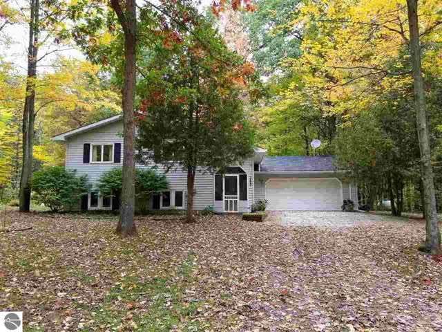 2480 Spruce Hill Drive, Farwell, MI 48622 (MLS #1868489) :: Michigan LifeStyle Homes Group
