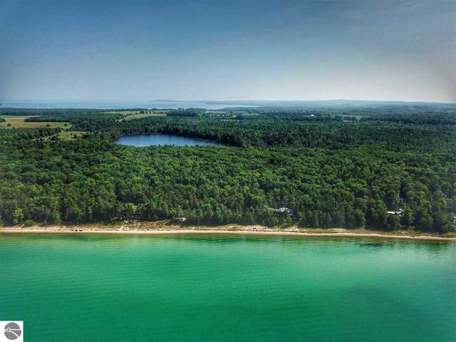 E Kinnikinick Road, Northport, MI 49670 (MLS #1868533) :: CENTURY 21 Northland