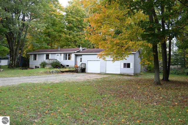 20774 Red Oak Drive, Lake Ann, MI 49650 (MLS #1868565) :: CENTURY 21 Northland