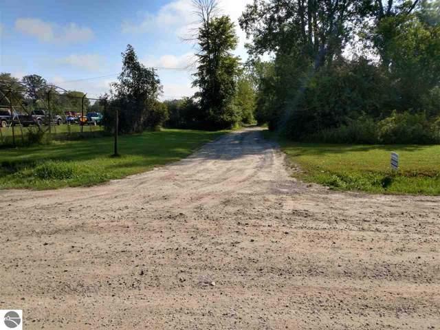 NKA Pine River Road, Standish, MI 48658 (MLS #1868657) :: Michigan LifeStyle Homes Group