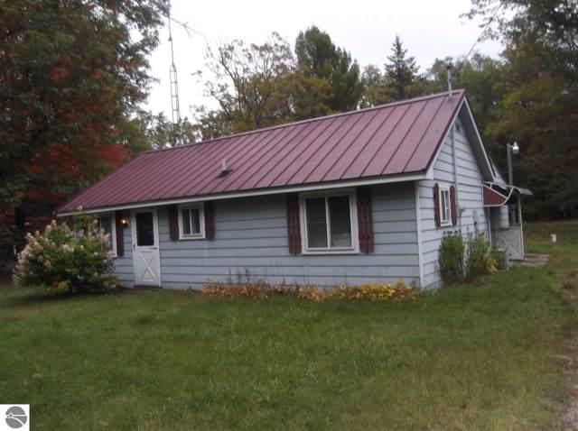 6140 Cooper Road, Hale, MI 48739 (MLS #1868857) :: Boerma Realty, LLC