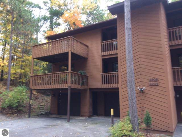 3906 Sherwood Forest Drive #19, Traverse City, MI 49686 (MLS #1868938) :: Team Dakoske | RE/MAX Bayshore