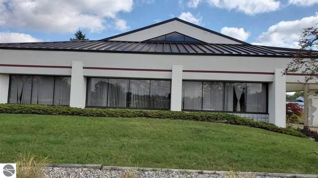 1277 Cedar Avenue, Gladwin, MI 48624 (MLS #1868983) :: Team Dakoske | RE/MAX Bayshore