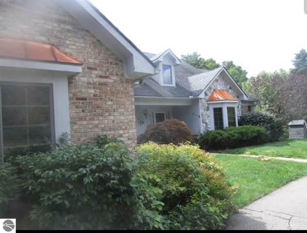 10555 Cedar Valley Drive, Davisburg, MI 48350 (MLS #1869448) :: Michigan LifeStyle Homes Group