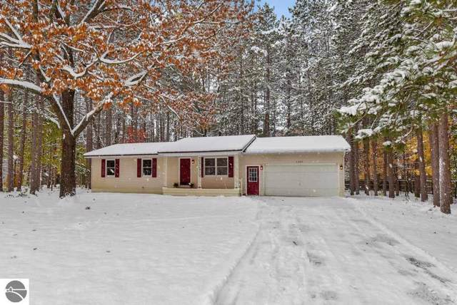 6402 Hardwood Drive, Lake Ann, MI 49650 (MLS #1869576) :: Team Dakoske | RE/MAX Bayshore