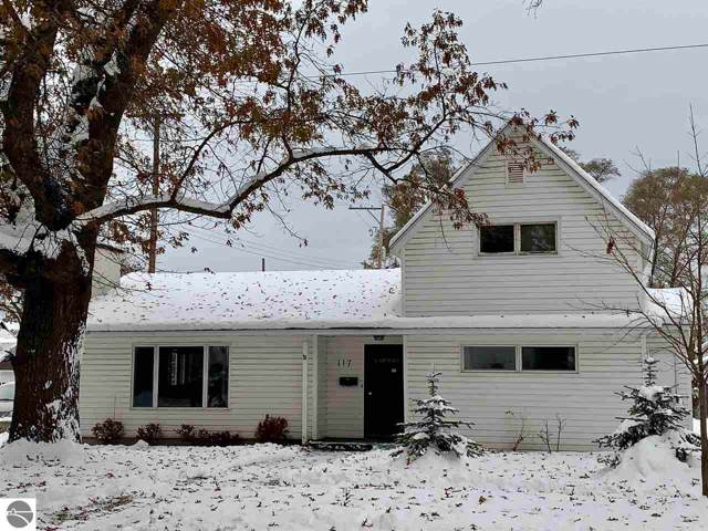 117 E Fifteenth Street, Traverse City, MI 49684 (MLS #1869597) :: Team Dakoske | RE/MAX Bayshore