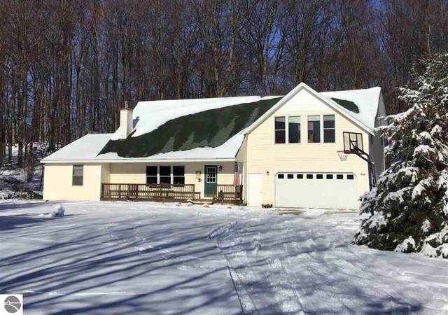6130 Cedar Run Road, Traverse City, MI 49684 (MLS #1870058) :: CENTURY 21 Northland