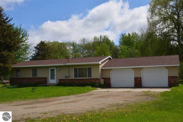 2325 S Shepherd Road, Mt Pleasant, MI 48858 (MLS #1870129) :: Boerma Realty, LLC