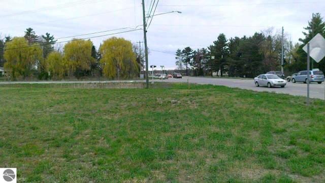 N Three Mile Road, Traverse City, MI 49686 (MLS #1870300) :: Team Dakoske | RE/MAX Bayshore