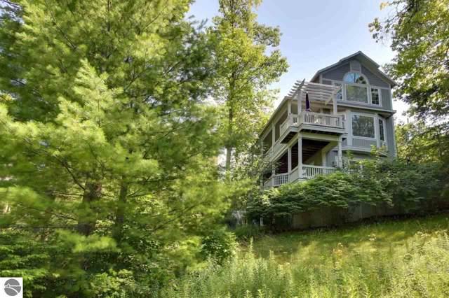 18 Brook Hill Cottages, Glen Arbor, MI 49636 (MLS #1870405) :: CENTURY 21 Northland