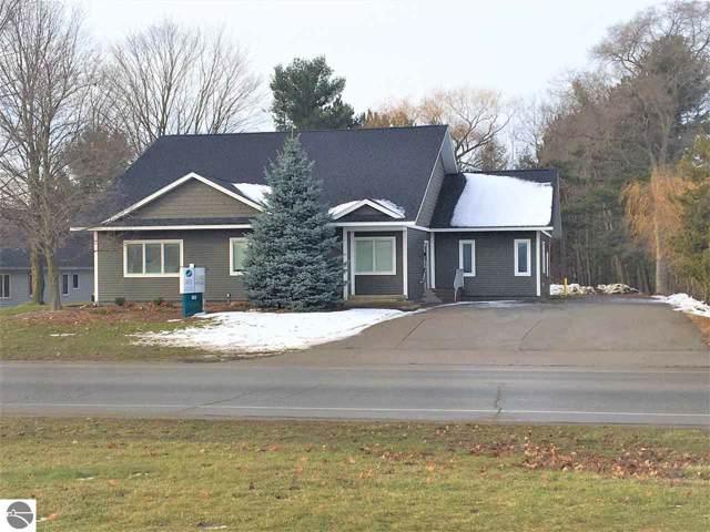 3409 Veterans Drive #1, Traverse City, MI 49684 (MLS #1870592) :: Boerma Realty, LLC