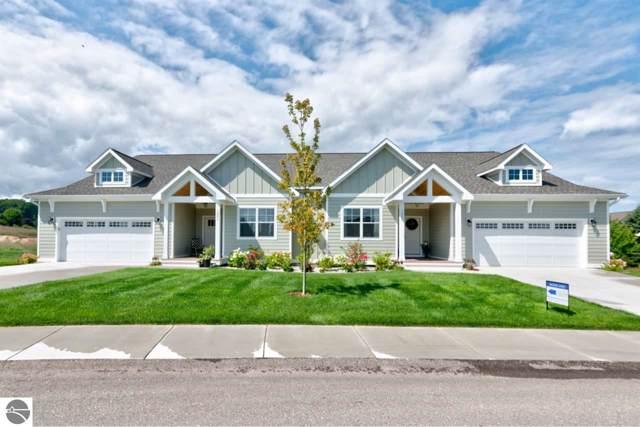 1353 Hillside Terrace Drive 18B, Traverse City, MI 49696 (MLS #1870850) :: CENTURY 21 Northland