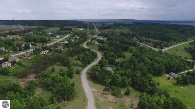 8004 S Bingham Ridge Drive, Traverse City, MI 49684 (MLS #1871106) :: Team Dakoske | RE/MAX Bayshore