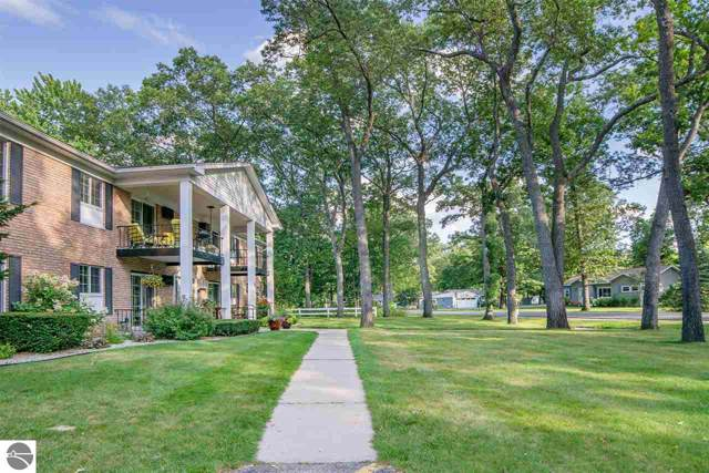 741 Indian Trail Boulevard, Traverse City, MI 49686 (MLS #1871175) :: CENTURY 21 Northland