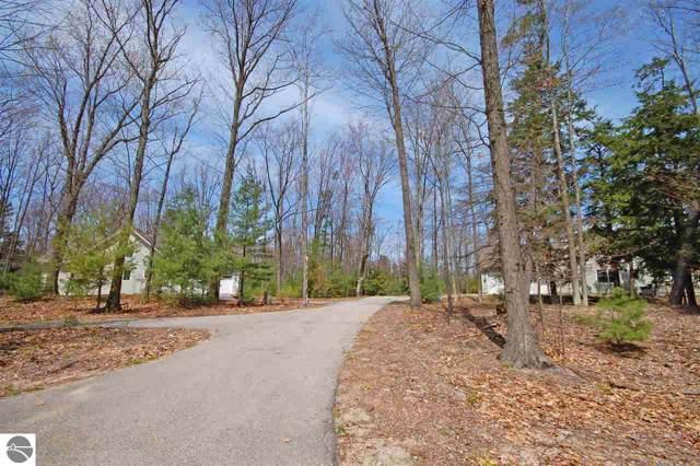 33 Pine Trace, Glen Arbor, MI 49636 (MLS #1871418) :: Brick & Corbett