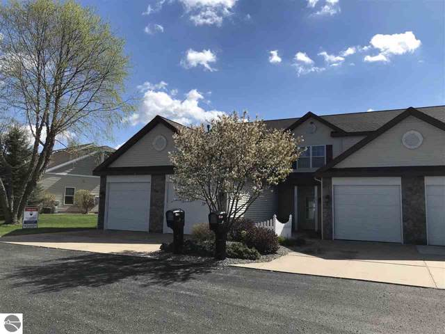 885 Meadow View, Cadillac, MI 49601 (MLS #1871498) :: Boerma Realty, LLC