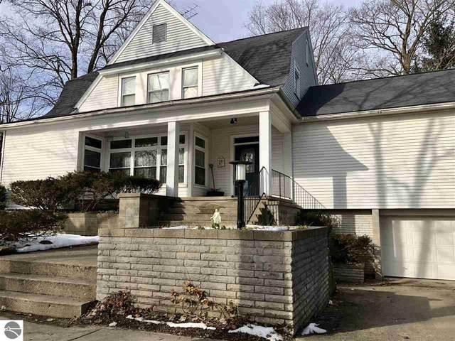 112 W Maple, Shepherd, MI 48883 (MLS #1871608) :: Boerma Realty, LLC