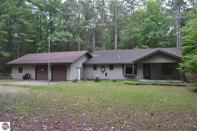 435 Misty Pines, Prudenville, MI 48651 (MLS #1871646) :: Boerma Realty, LLC