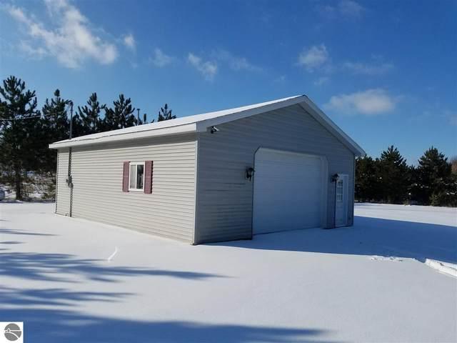 9000 S Littlefield Road, Mt Pleasant, MI 48858 (MLS #1871987) :: Boerma Realty, LLC