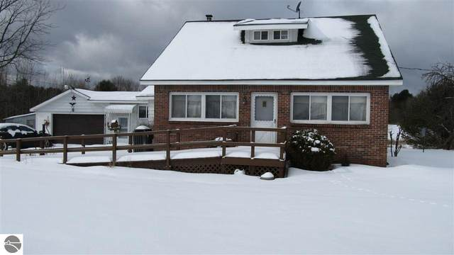 4712 S M-65, Glennie, MI 48737 (MLS #1872035) :: Boerma Realty, LLC