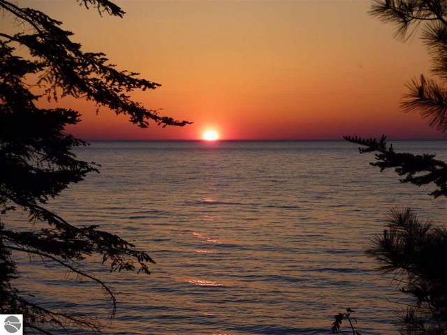 200 Beach Road, Frankfort, MI 49635 (MLS #1872071) :: Michigan LifeStyle Homes Group