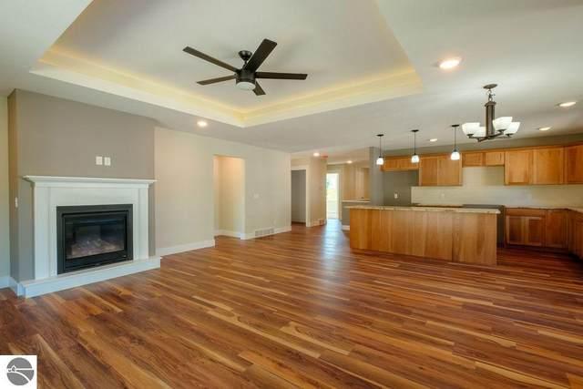 5223 Lone Maple Drive #55, Traverse City, MI 49685 (MLS #1872138) :: Boerma Realty, LLC