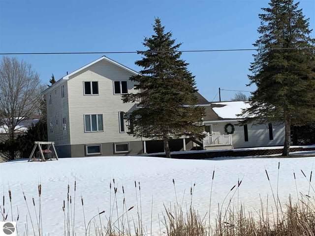 311 S Castor Road, Shepherd, MI 48883 (MLS #1872218) :: Boerma Realty, LLC