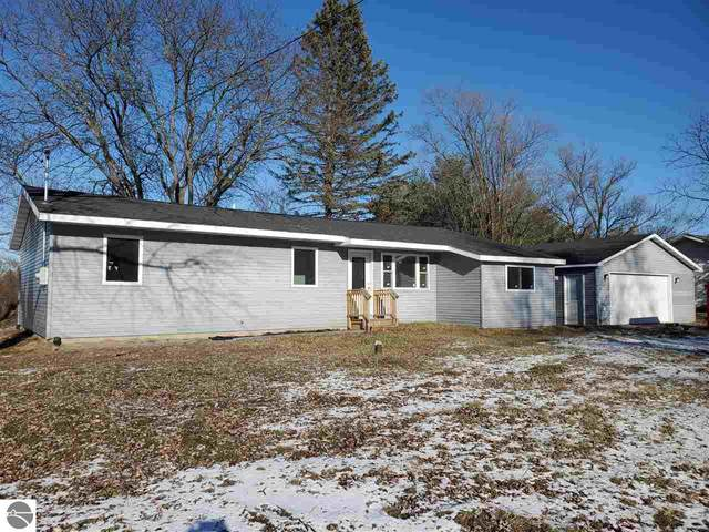 7261 Bellevue Drive, Mt Pleasant, MI 48858 (MLS #1872316) :: Boerma Realty, LLC