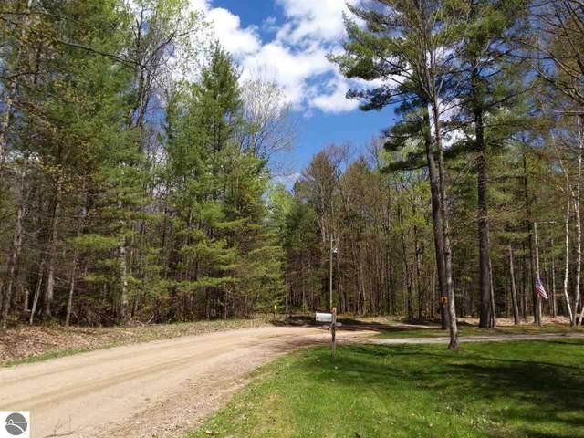 Birchcrest Drive, Kalkaska, MI 49646 (MLS #1872388) :: Michigan LifeStyle Homes Group
