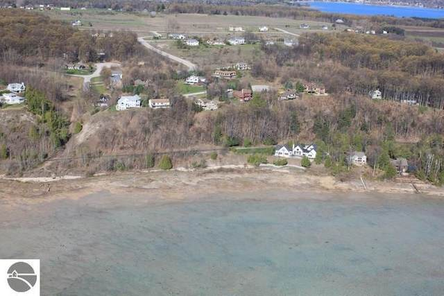 00 S Donnybrook Road, Suttons Bay, MI 49682 (MLS #1872462) :: Michigan LifeStyle Homes Group