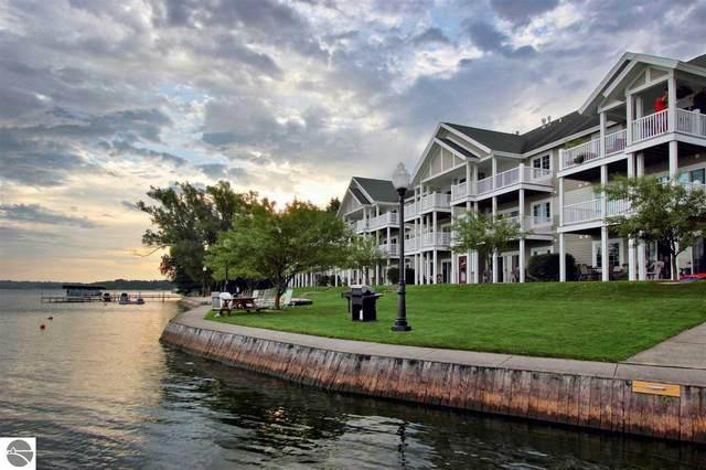 1246 Sunnyside Drive #306, Cadillac, MI 49601 (MLS #1872657) :: Michigan LifeStyle Homes Group