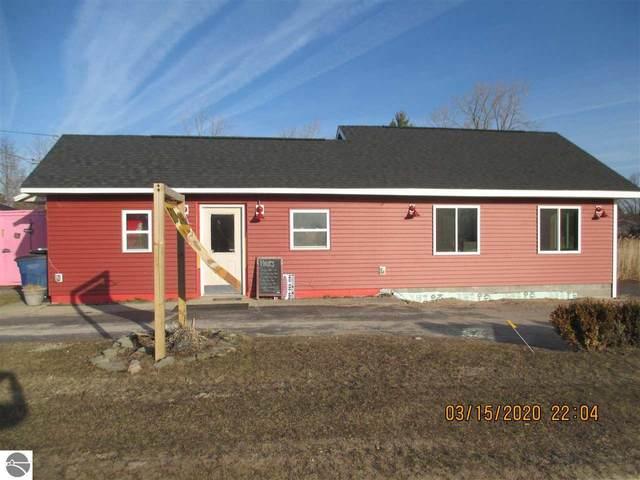 646 W Lake, Tawas City, MI 48763 (MLS #1873125) :: Boerma Realty, LLC