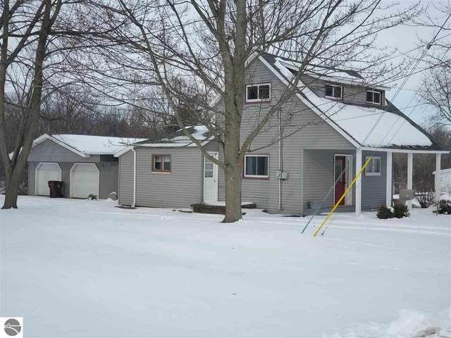501 N Elm Street, Ithaca, MI 48847 (MLS #1873147) :: Boerma Realty, LLC