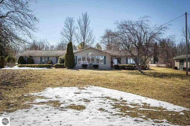509 Lake Street, Elk Rapids, MI 49629 (MLS #1873153) :: CENTURY 21 Northland