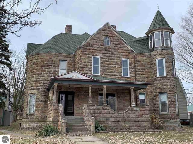 421 N Pine River Street, Ithaca, MI 48847 (MLS #1873196) :: Boerma Realty, LLC