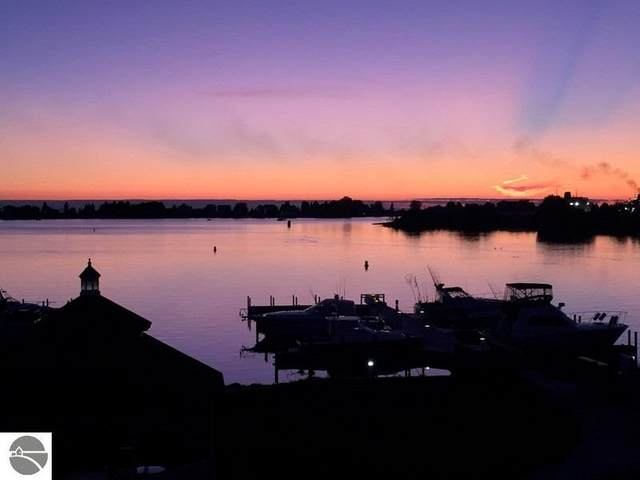 234 Lakeside, Ludington, MI 49431 (MLS #1873445) :: CENTURY 21 Northland