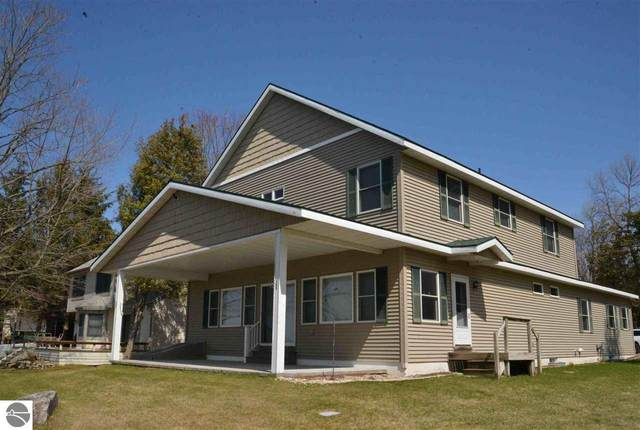 3187 Willow Street, Central Lake, MI 49622 (MLS #1873864) :: Michigan LifeStyle Homes Group