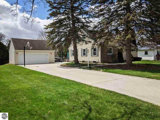 1003 Glencoe Road, Alma, MI 48801 (MLS #1873948) :: Boerma Realty, LLC