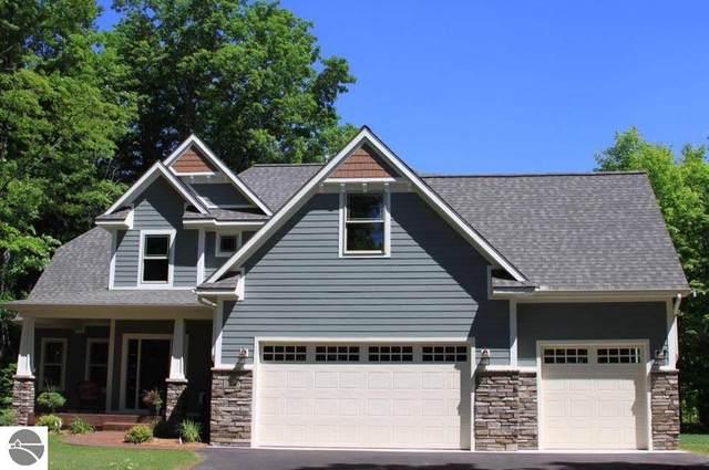 10180 Fencepost Lane, Traverse City, MI 49685 (MLS #1874475) :: Michigan LifeStyle Homes Group