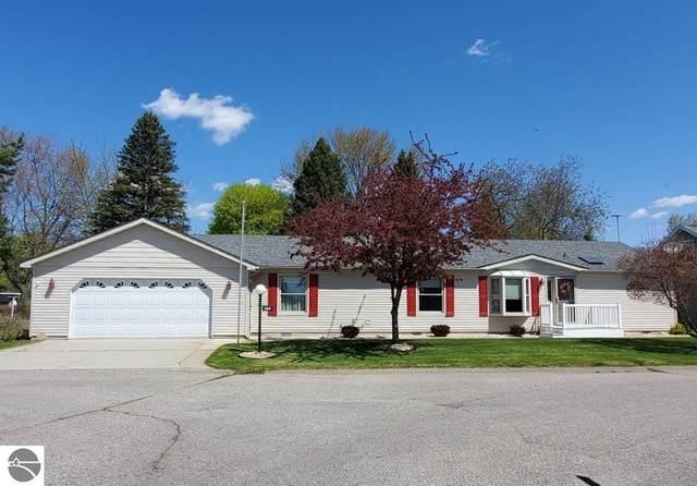 562 Trail Terrace, St Louis, MI 48880 (MLS #1874624) :: Boerma Realty, LLC