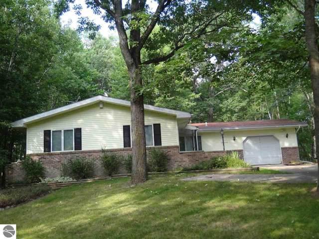 1207 Queensway Drive, Lake Isabella, MI 48893 (MLS #1874708) :: CENTURY 21 Northland