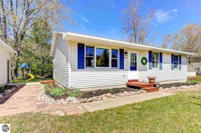 8900 Red Pine Drive, Lake Ann, MI 49650 (MLS #1874911) :: Team Dakoske | RE/MAX Bayshore